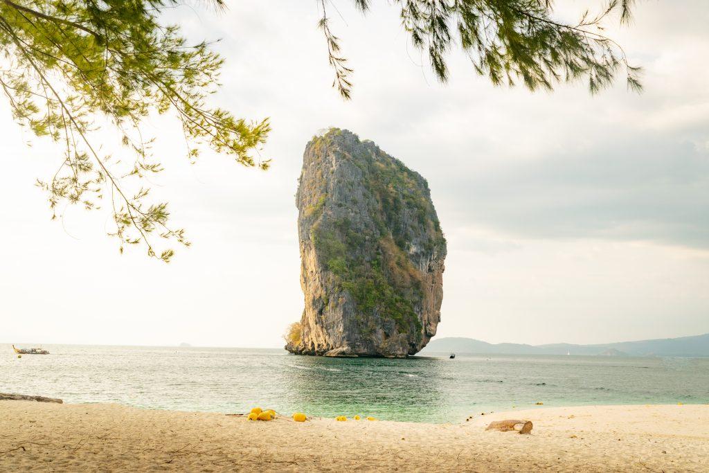 Ko Ma Tang Ming in 7 Islands Sunset Tour Krabi