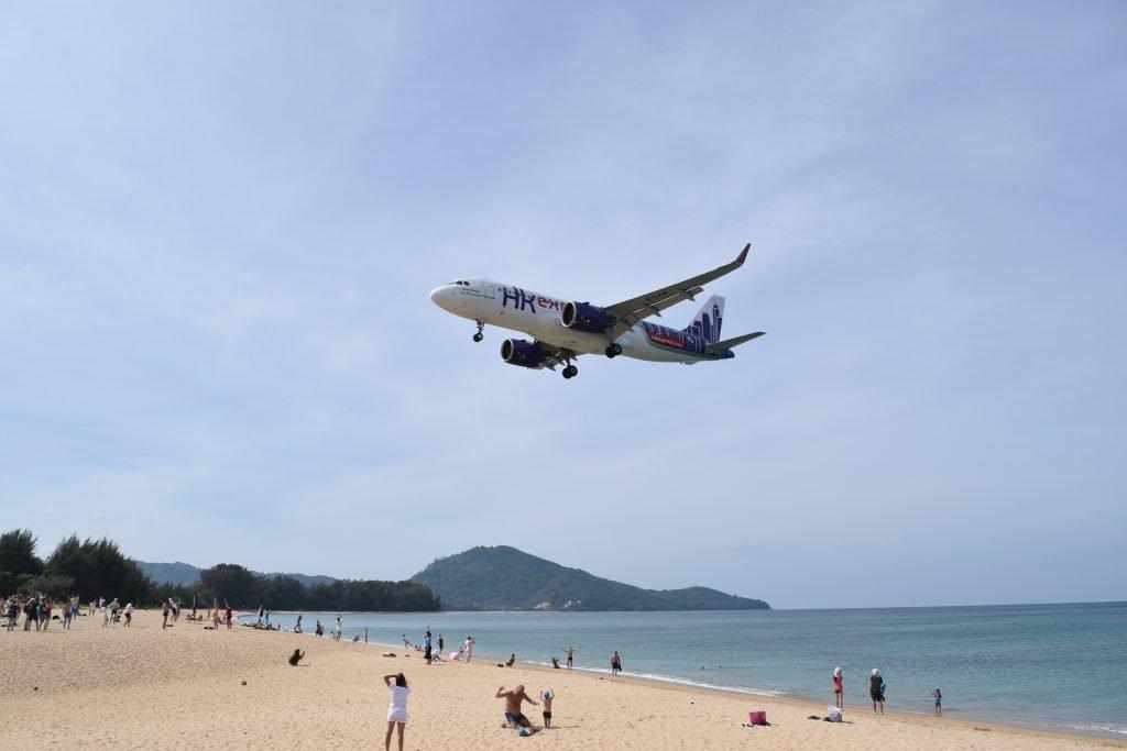 Mai Khao Beach Nai Yang Beach Airport Viewpoint Airplane Flying Above Visitors